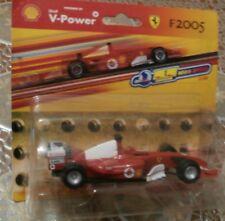 ferrari - f2005 - scala 1:38 - v-power shell - hot wheels racing