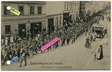 Postkarte um 1914 :  Zossen-Wünsdorf , Französische Kriegsgefangene im Ort