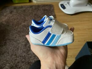 Adidas baby soft sole trainers Infant size 1