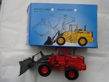 SCOOP 1/50 - RED VOLVO L180C DIECAST TRACTOR - VOLVO CONSTRUCTION EQUIPMENT