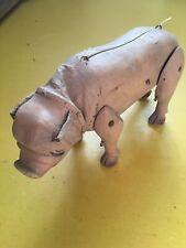 Alte Marionette aus Holz, um 1930 - Schwein