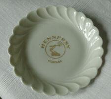3 aussergewöhnl. Haviland Limoges Torse Tellerchen f. Hennesey Cognac, weiß/gold