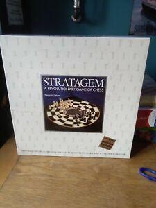 LOGICSOURCE LTD. STRATAGEM  REVOLUTIONARY CHESS SET.