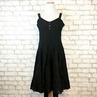 Vasna Women's Black V-Neck Sleeveless Lace Dainty Midi Dress Size Small