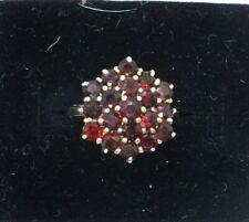 Vintage 9ct yellow gold Garnet cluster ring. Size M 1/2.