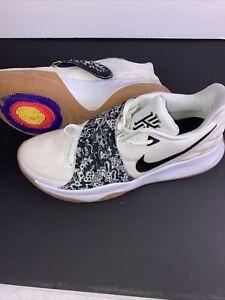 Nike Mens Running Shoe A08979 100 White Black Gum Basketball Size US 10.5. T6