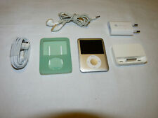 Apple iPod Nano 3rd Generation Silver (4 GB) With Accessories-Free Shipping
