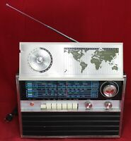 Datronics MM-102 World Master Solid State Multi-Band Radio - Vintage