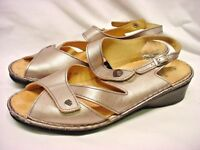 Finn Comfort Women's Gold Leather Adjustable Wedge Sandals Size EU 8 US 10.5