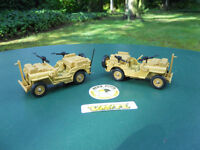 VEHICULE  MILITAIRE VEREM LOT DE (2 ) JEEP SAS COULEUR SABLE. MINIATURES NEUVES