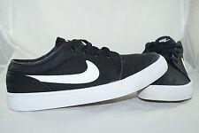 Nike Air Toki LOW TXT  Schwarz Gr: 44,5 - 43,5  Turnschuhe Sportschuhe