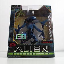 Aliens Resurrection Aqua Alien Action Figure Collectors 1997 Kenner - NEW