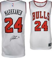 Lauri Markkanen Chicago Bulls Autographed White Fanatics Fastbreak Jersey
