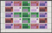 AD113) Australia 1971 Christmas Cream Paper Block of 25. Fresh, MUH