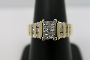 Stunning! 1 Carat Wedding Ring - 14k Yellow Gold - Princess Cut Diamonds