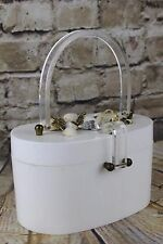 VINTAGE 1950 S Bianco Ovale Scatola lucite Borsa Maniglia Chiaro & Catch Seashell Decorazione