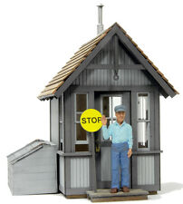 BANTA MODELWORKS CROSSING SHANTY F G Large Scale Railroad Structure Kit BM8065
