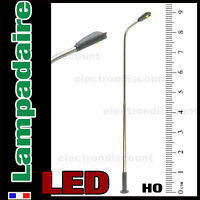 S301# Lampadaire simple courbe HO à LED CMS , éclairage blanc, belle finition