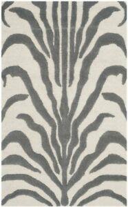 Safavieh ZEBRA Animal Print Carved Area Rug, IVORY Grey 90 x 150cm
