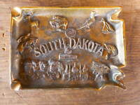 ashtray Vintage South Dakota Souvenir Metal Rushmore Pheasant Buffalo Used