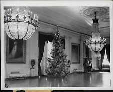 1939 Christmas Tree in the White House East Room Press Photo