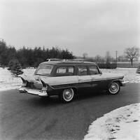 Packard Clipper Wagon 1957 model OLD CAR ROAD TEST PHOTO 2