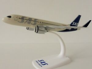 SAS SCANDINAVIAN AIRBUS A320neo 1/200 Herpa 612708 Snap Fit Airlines A320 Neo