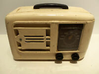 Vintage 1946 Emerson Model 522 Vintage Art Deco Bakelite Tube Radio w Plug