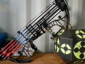 bowtech RPM 360 compound bow, Like new, comes with everything in photos