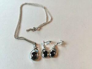 Elements Sterling Silver 'Fancy Leaf' necklace & drop earring set