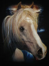TEE-SHIRT........CHEVAL.......Taille M.