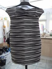 JANE NORMAN STUNNING LADIES BLACK & WHITE STRIPED COLOUR DRESS  SIZE 10