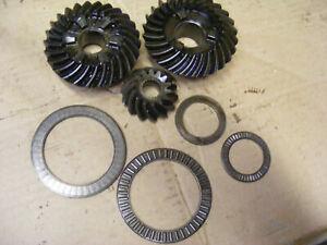Johnson Evinrude 150-175-200-235 Gear SET Forward-Pinion 391289 Reverse 910211