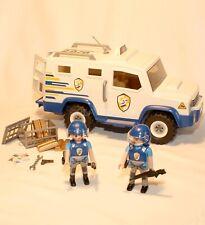 PLAYMOBIL POLICE - fourgon et 2 agents de securite - lingots d'or
