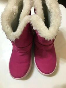 Carter's Faux Fur hot pink toddler girls boots size 6