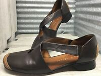 Antonio Melani Women's Brown Leather Cap Split Toe Slip On Comfort Shoe Size 8.5