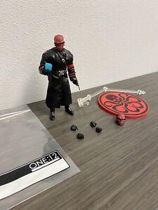 Mezco One 12 Red Skull Figure Loose Marvel