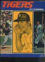 1971 DETROIT Tigers Yearbook AL KALINE Billy MARTIN Willie HORTON  MBX92