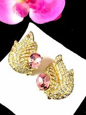 MAGNIFICENT CINER GOLD PINK PAVE RHINESTONE CURLED LEAF ART DECO CLIP EARRINGS