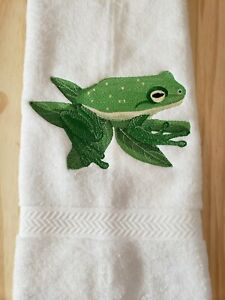 GREEN TREE FROG HAND TOWEL SET CUSTOM EMBROIDERED