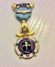 Lovely Early Vintage Spencer London Gilt Metal & Enamel RMIB Masonic Medal 1943