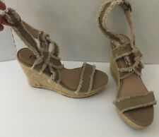 555009b88e5 CANDIES WEDGE HEEL IN A SIZE 8 1 2