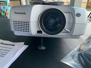 Panasonic PT-L701U LCD Projector 647 Lamp Hours
