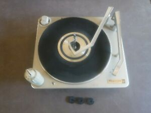 Vintage 1968 Magnavox Micromatic Record Player working as is or for parts