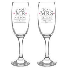 PERSONALISED MR & MRS CHAMPAGNE FLUTE GLASSES SET Wedding Anniversary Gift Idea