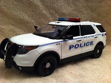1/18 SCALE NORTH LAS VEGAS PD UT FORD SUV DIECAST WITH WORKING LIGHTS AND SIREN