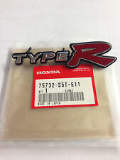 GENUINE HONDA CIVIC TYPE R GRILLE BADGE 2001-2005