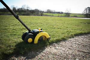 LAWN EDGER & PATH CLEANER - Electric