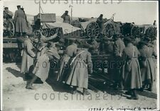 1933 Russian Army Soldiers Unload Supplies From Train Maneuvers Press Photo