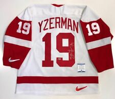 STEVE YZERMAN SIGNED RED WINGS 1997 STANLEY CUP NIKE JERSEY BECKETT COA Q89598
